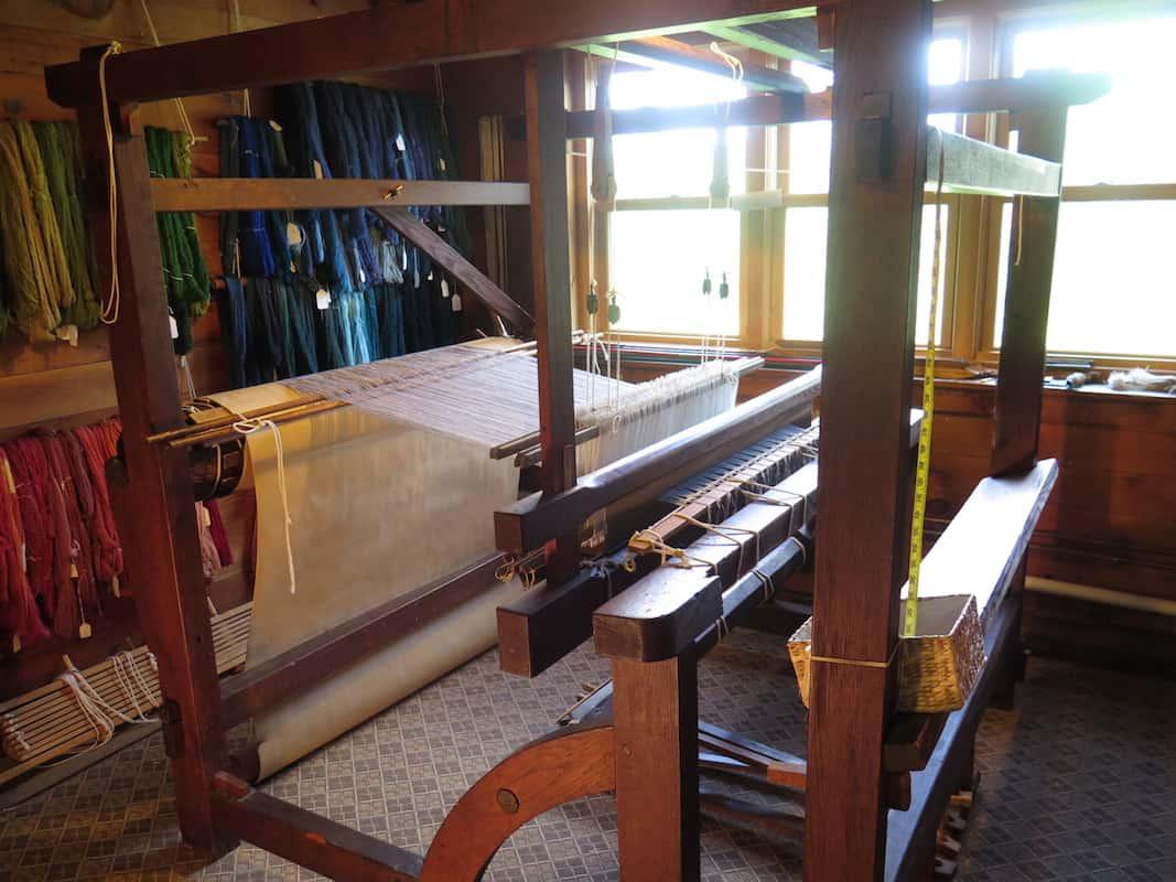 Justin Squizzero Weaver Loom