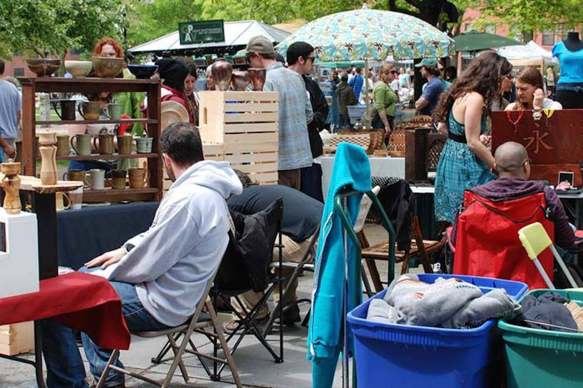 BCA summer artist market