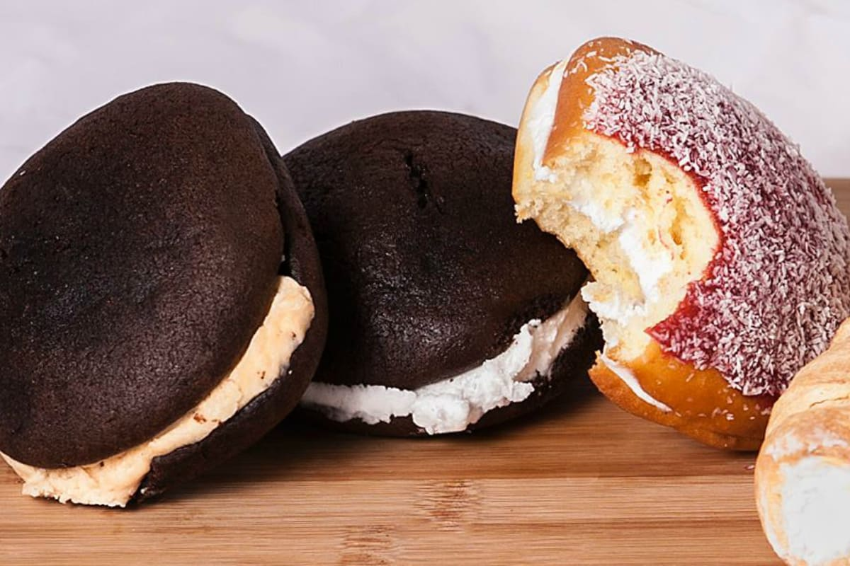 Making Whoopie: The Great Whoopie Pie Debate