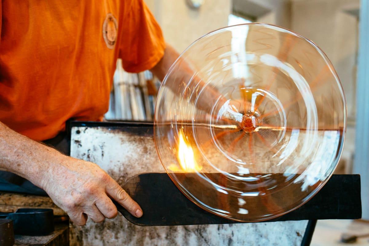 Robin Mix glassblower