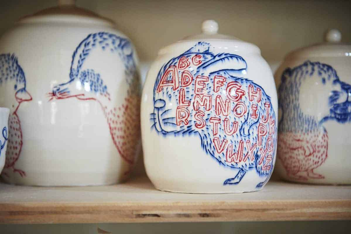Finished Ayumi Horie pots. Photo by Aaron Flacke
